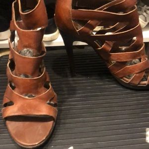 Dolce vita brown leather heels size 8.5